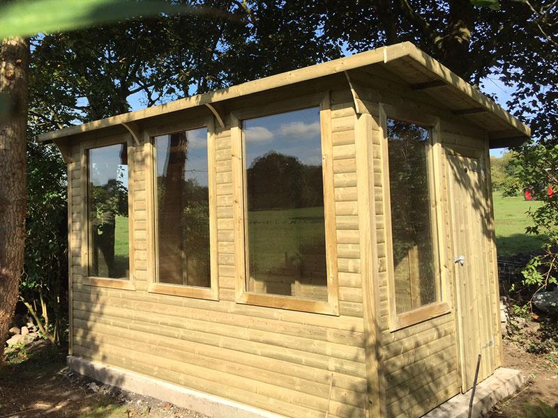 Garden studio empress fencing clitheroe lancashire for Garden studio uk