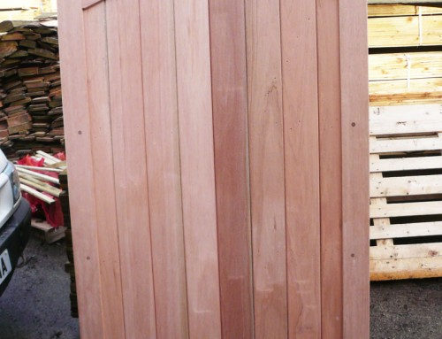 Framed Solid Arched Top Gate