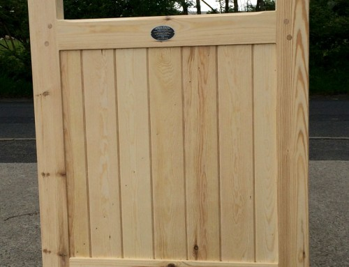 Framed Solid Flat Top Gate