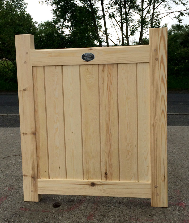 Framed solid flat top gate from Empress Fencing in Clitheroe