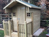 Bespoke playhouse by Empress Fencing