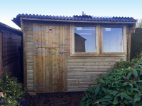 Bespoke potting shed by Empress Fencing