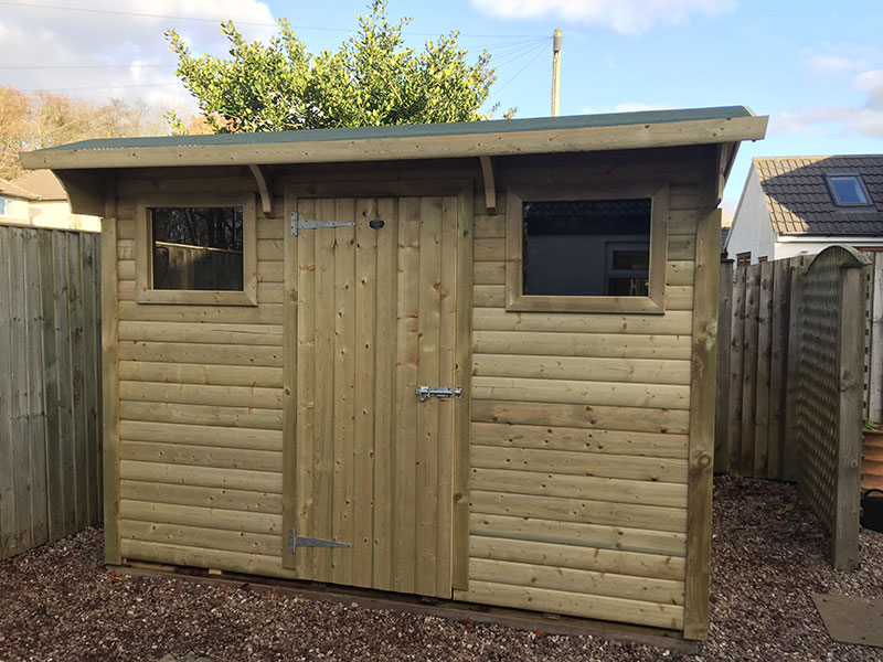 Bespoke shed with double front windows by Empress Fencing